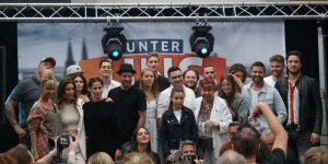 Unter uns Fanfest - Stars auf der Bühne